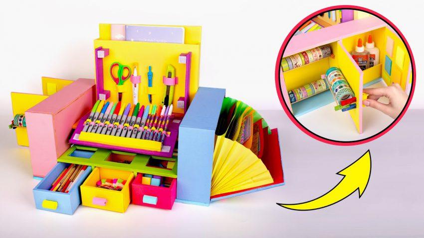 ชั้นจัดระเบียบของบนโต๊ะสำหรับเครื่องเขียนทั้งหมดของคุณที่ทั้งสดใสและมีสีสัน
